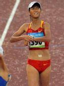 图文:奥运会女子20公里竞走赛况 接近终点