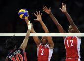 图文:女排半决赛古巴VS美国 古巴双塔拦网