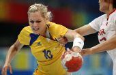 图文:[女手]中国20-19瑞典 乌特科维奇进攻
