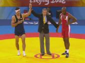 图文:男子自由式96公斤级 戈格舍利泽获得胜利