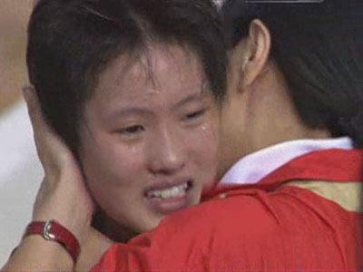 图文:[夺金时刻]女子十米跳台 陈若琳夺冠