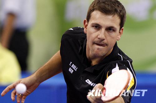 8月21日,德国选手波尔在比赛中。当日,在北京奥运会乒乓球男子单打第四轮比赛中,波尔以1比4不敌韩国选手吴尚垠,无缘八强。新华社记者鲍菲菲摄