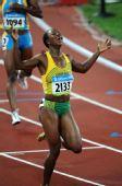 图文:女子200米牙买加选手夺冠  21秒74的成绩