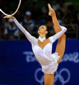 图文:艺术体操个人全能资格赛赛况 别兹索诺娃