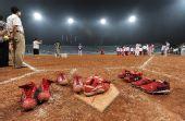 图文:垒球告别奥运 垒球将不再是奥运比赛项目
