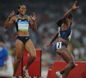 图文:女子4X100米接力第一轮 美国队无缘决赛