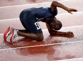 图文:男子400米梅里特夺冠 在夺冠后庆祝