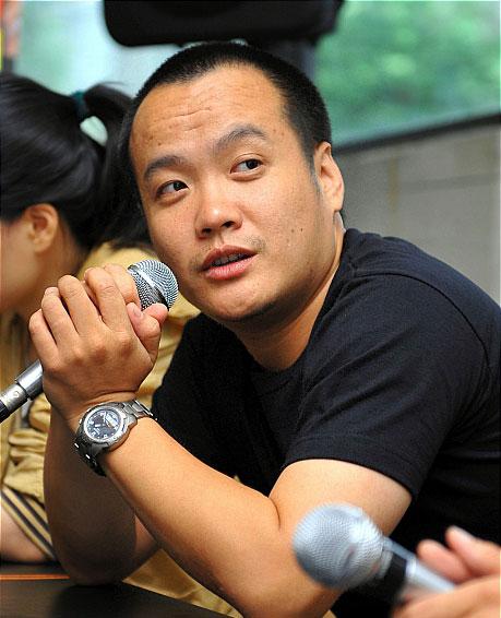 冯俊浩宁浩携手出席活动