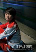 图文:奥运冠军陈若琳唯美写真 回眸遥望