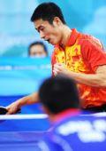 图文:王励勤晋级男单半决赛 比赛中庆祝