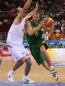 图文:半决赛西班牙VS立陶宛 西斯考斯卡斯突破