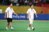 图文:女子曲棍球中国队获得亚军 金昶伯出赛场