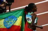 图文:女子5000米 埃塞俄比亚选手迪巴巴摘金