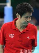 图文:奥运会女排中国摘铜 陈忠和掉下泪来