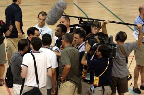 图文:美国男篮训练 采访K教头
