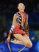 图文:个人全能决赛 绳操比赛