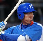图文:棒球韩国夺冠 高永民在比赛中