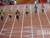 图文:男子4x400米接力美国队夺金 争先恐后