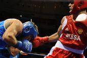 图文:91公斤级俄罗斯选手夺冠 凶狠的拳头