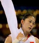 图文:女篮中国81比94俄罗斯 隋菲菲失望中