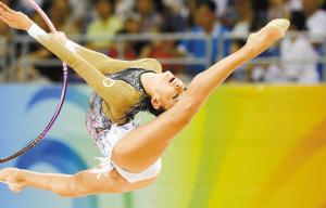 叶夫根尼娅·卡纳耶娃夺得艺术体操个人全能冠军
