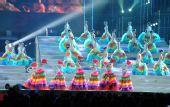 图文:奥帆赛闭幕晚会在青岛举行 五彩的表演