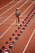 图文:男子马拉松赛况 日本选手佐藤敦之在比赛