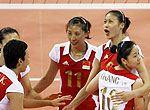 组图:女排战胜古巴获得奥运会铜牌