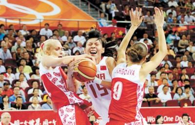 Osports图片 □在铜牌争夺战中,中国女篮拼尽了全力。