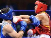 图文:91公斤级以上级张志磊摘银 击中有效位