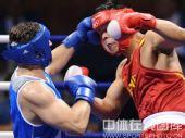 图文:91公斤级以上级张志磊摘银 奋力拼搏