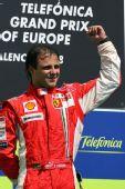 图文:[F1]欧洲大奖赛正赛 马萨挥拳庆祝