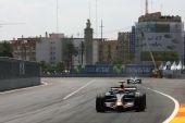 图文:[F1]欧洲大奖赛正赛 韦伯在比赛中