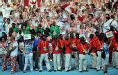 图文:告别北京奥运会  各代表团运动员入场