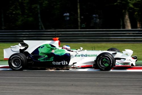 图文:[F1]蒙扎试车第三天 巴顿进行测试