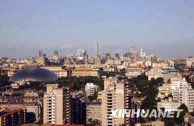 8月31日,北京秋高气爽,城区风景如画。 新华社记者张燕辉摄