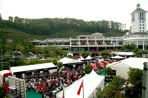 赛事期间,赞助商在观澜湖东莞会所建立品牌大本营