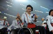 图文:残奥会开幕式入场仪式 法国代表团