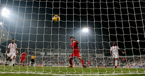 图文:阿联酋1-2朝鲜 朝鲜队破门瞬间