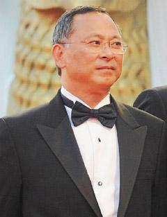 """威尼斯影展唯一华裔评审导演杜琪峰直言""""今年没有好的竞赛片""""。"""