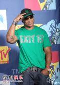 后台:说唱歌手LL Cool J现身