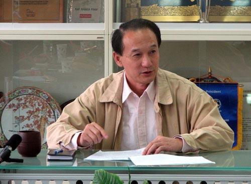 图文:回顾谢亚龙三年半主席生涯 部署2008战略