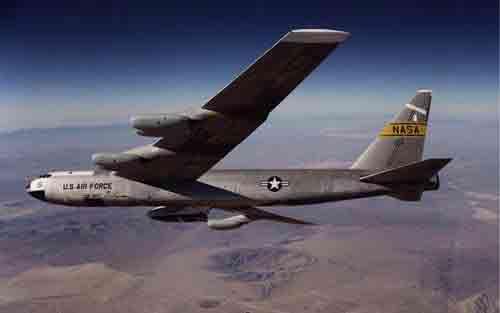 美军B-52轰炸机