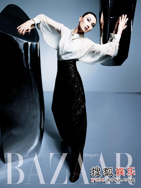 《时尚芭莎》独家首拍张曼玉超大封面