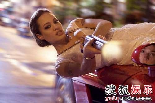 图:朱莉主演大片《通缉令》精美剧照- 30