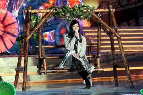图:央视2008中秋晚会精彩现场 - 许美静