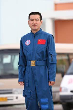 翟志刚,2005年9月,酒泉航天卫星发射中心酒泉航天卫星发射中心,神舟六号载人航天梯队。