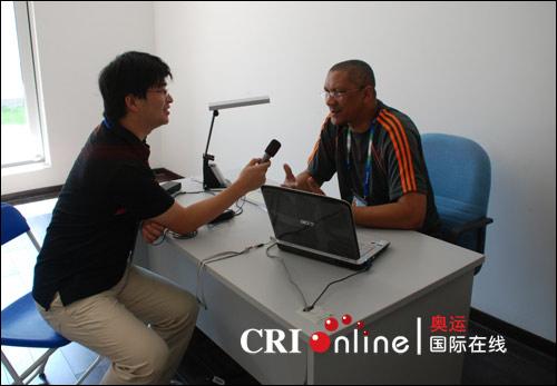 记者采访安东尼奥先生