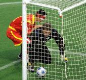 图文:[五人制足球]中国获得牌 王亚锋打入一球
