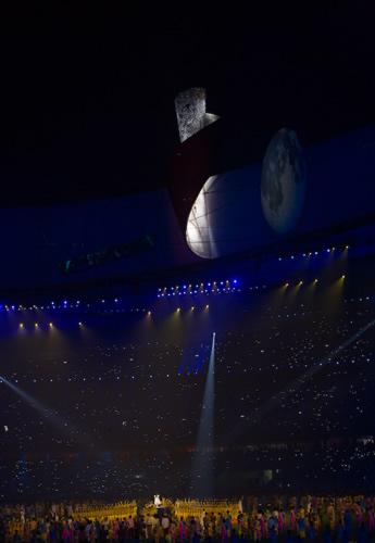 图文:北京残奥会胜利闭幕 残奥会圣火熄灭